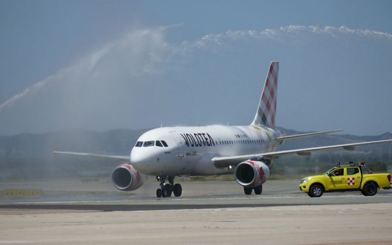 Volotea rinnova la sua flotta e basa a Verona 4 Airbus A320