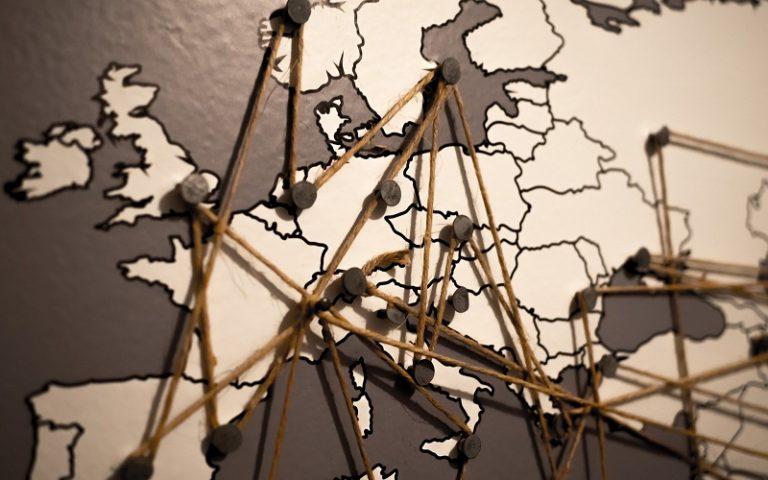 UE: riapertura frontiere e App unica per chi viaggia