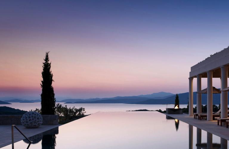 Go Deluxe e la collezione di location da sogno per vivere la Grecia all'insegna del lusso