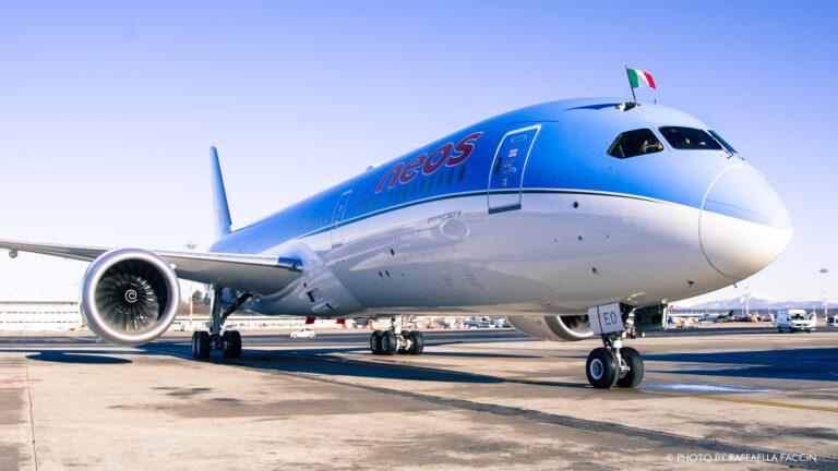 Neos inaugura i voli di linea verso gli USA: il primo è Milano-New York