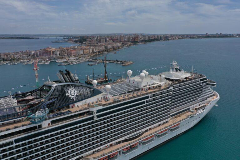 MSC Seaside arriva per la prima volta a Taranto