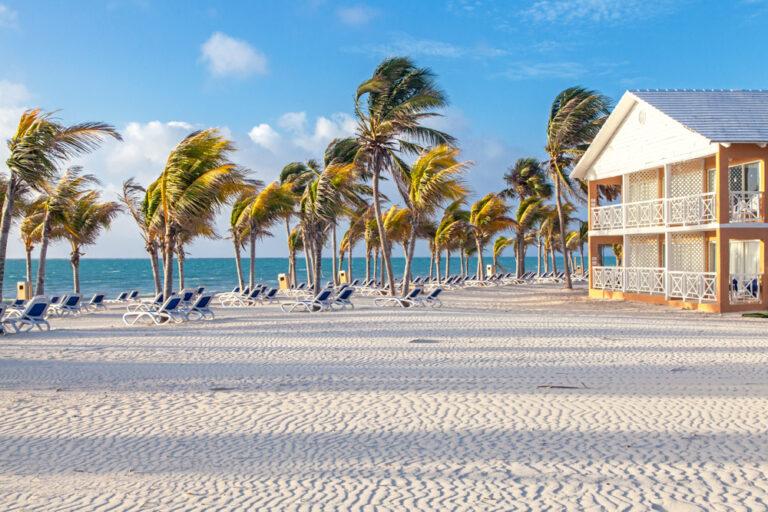 Riapre il Viva Wyndham Fortuna Beach a Grand Bahama Island