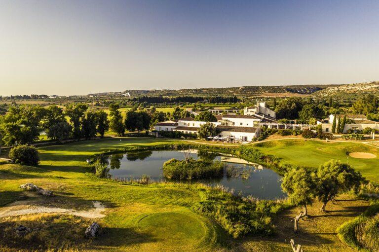 Siglata partnership tra Hotel Group Radisson e MIRA Hotels & Resorts